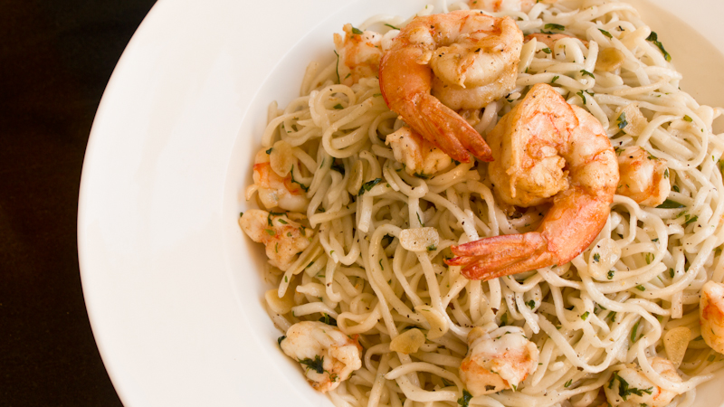 Prawn stir fried noodles